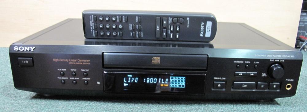 HiFiLand Plzeň - cd player Sony CDP-XE520 ovladač, super stav